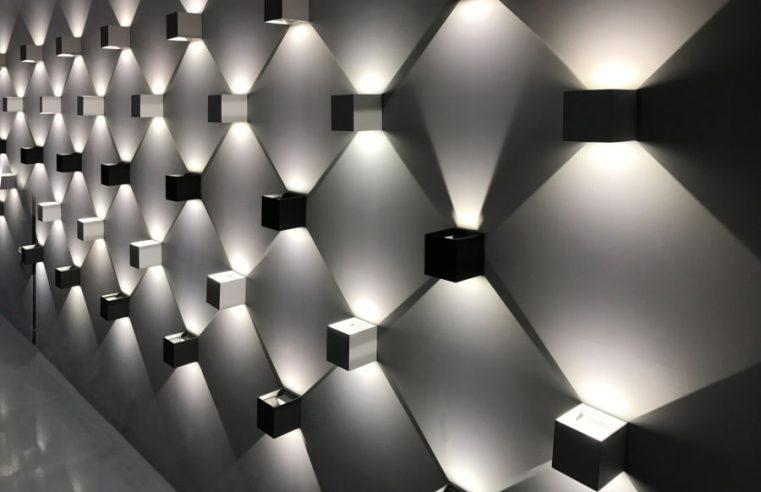 Aranżacja wnętrz i dekorowanie światłem